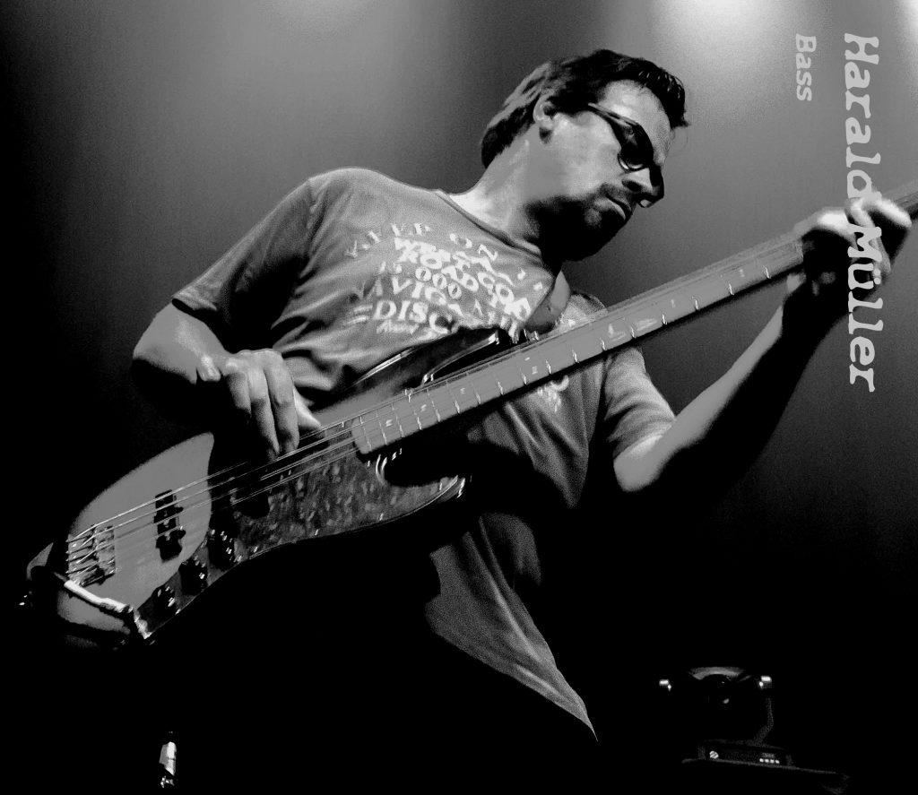 Harald Müller (Bass)